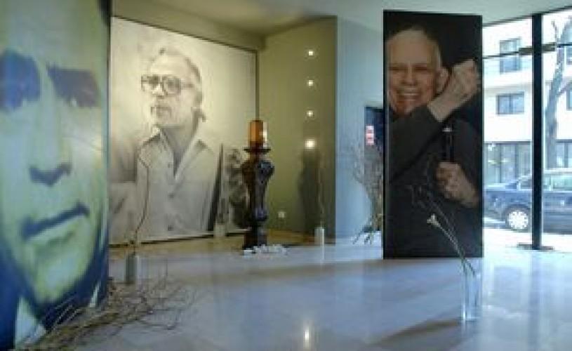 Teatrul Bulandra împlineşte astăzi 65 de ani de la inaugurare