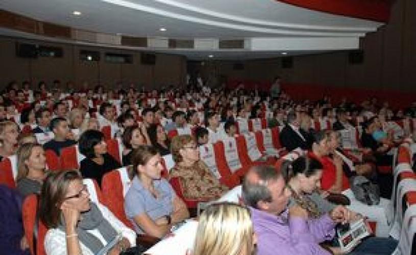 """Cinefilii sunt aşteptaţi la """"Les Films de Cannes a Bucarest"""""""