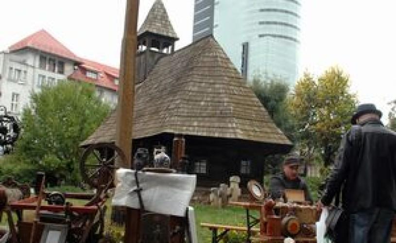 """""""Recuperarea modelelor străbune"""": Expoziţie la Muzeului Naţional al Ţăranului Român (MNŢR)"""