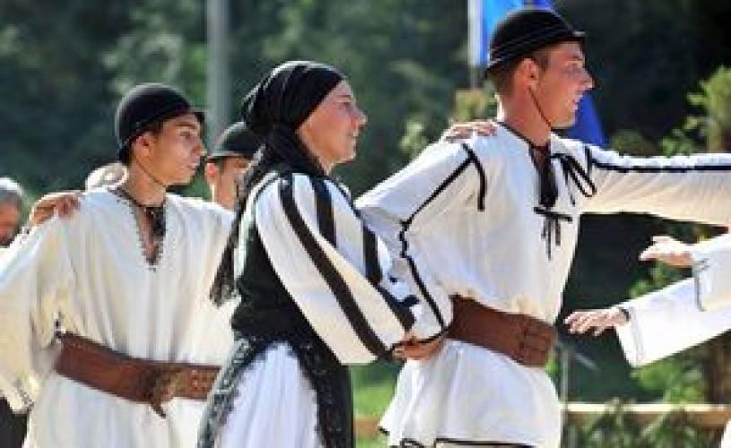 """Sibiu: Ansamblul Profesionist """"Junii Sibiului"""" va pune în scena primul spectacol de teatru muzical coregrafic"""