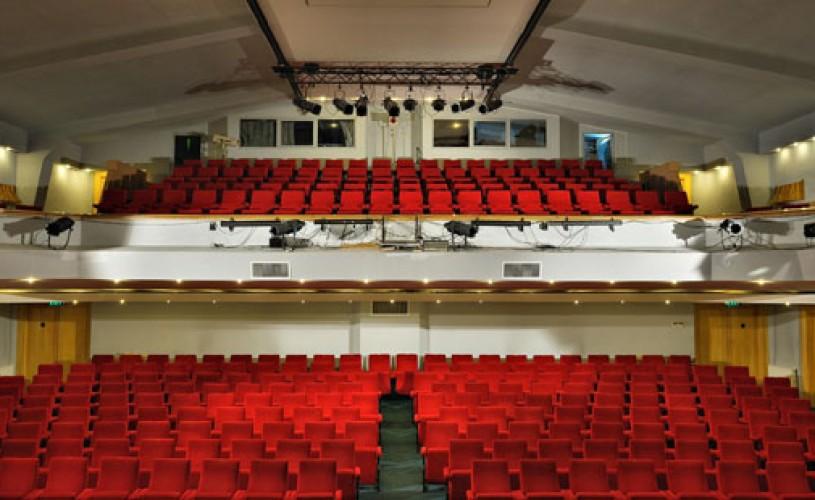 Şerban Puiu montează un nou spectacol la Secţia Germană a Teatrului Naţional din Sibiu