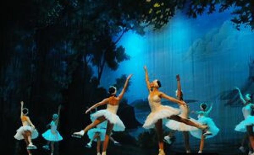 Ansamblul de Stat al Baletului pe Gheata din St. Petersburg revine in Romania cu un turneu in patru orase