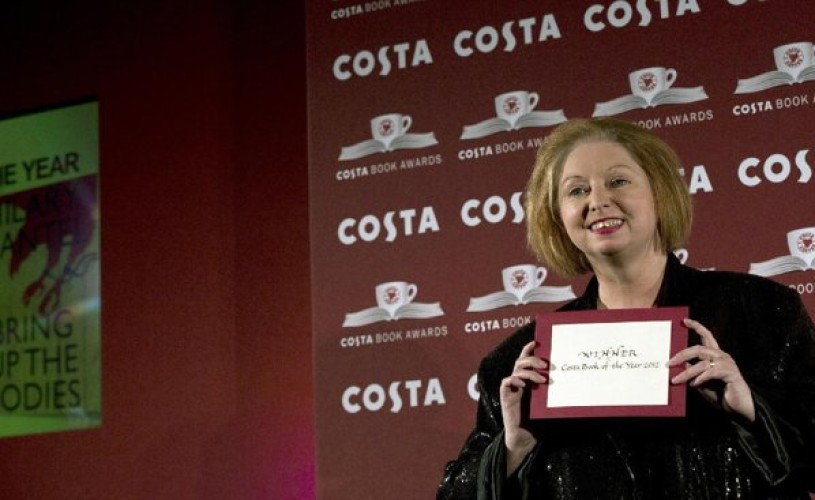 "Hilary Mantel a câştigat Costa Book of the Year Award, pentru romanul ""Bring Up the Bodies"""