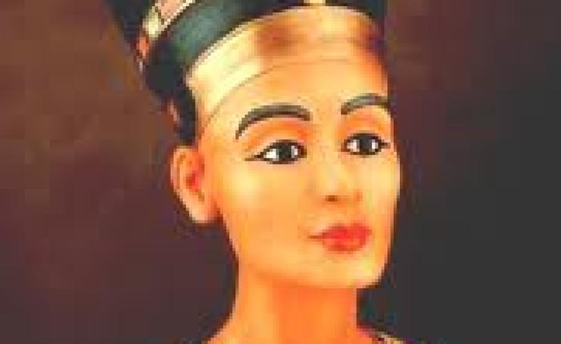 Cine a realizat bustul reginei Nefertiti acum peste 3.000 de ani