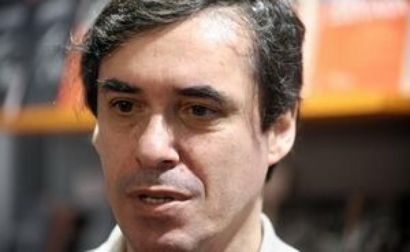 Scriitorul Mircea Cărtărescu – protagonistul primei sesiuni de autografe digitale din România