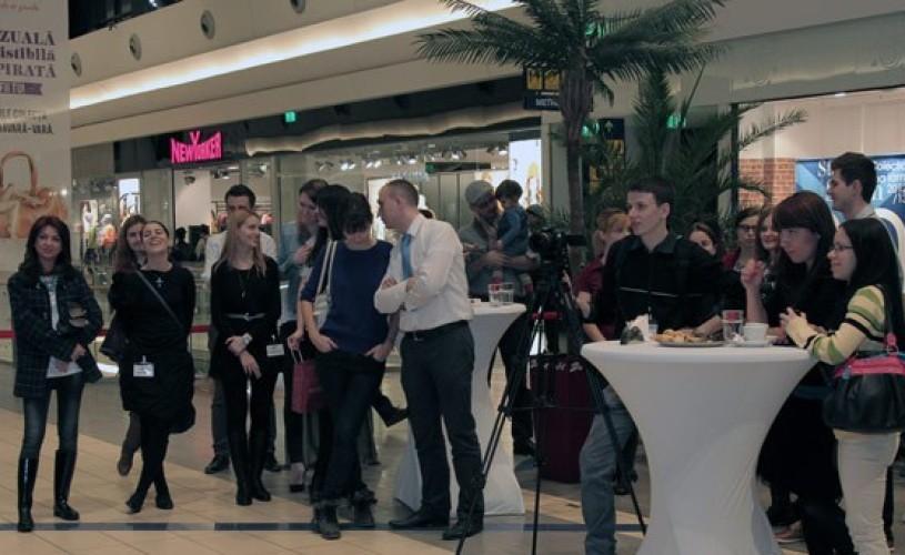 """VIDEO Sun Plaza găzduieşte, în premieră în România, expoziţia de artă contemporană """"Lumi plutitoare"""""""
