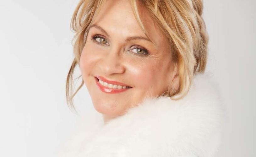 Prim-solista Teatrului Naţional de Operetã, Bianca Ionescu, susţine un eveniment de 8 martie