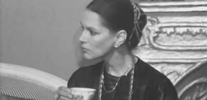 "Irina Petrescu: ""Publicul trebuie contrazis. Cu blândețe, dar contrazis"""