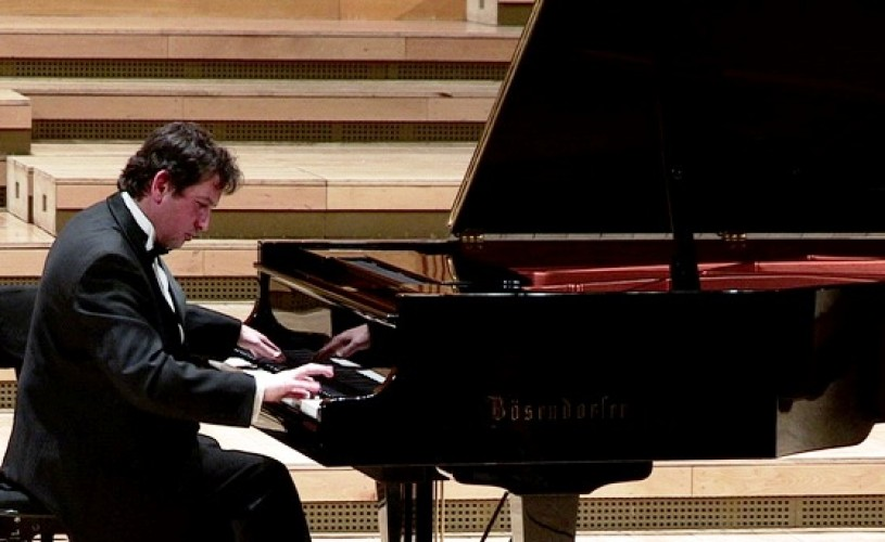 Beethoven, interpretat de Horia Mihail şi Orchestra Naţională Radio, sub bagheta dirijorului chinez Jin Wang