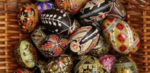 Muzeul Naţional al Ţăranului Român găzduieşte expoziţia de ouă încondeiate