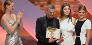 """VIDEO """"La vie d'Adele"""", câştigătorul Palme D'Or 2013, va fi distribuit în România"""