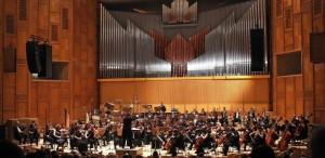 VIDEO Andrea Bocelli cântă la Bucureşti acompaniat de Orchestra Naţională Radio şi Corul Academic Radio, având-o ca invitată pe Angela Gheorghiu