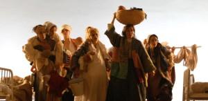 """GALERIE FOTO """"Călătoriile lui Gulliver"""",desemnat de către UNITER cel mai bun spectacol al anului, porneşte spre Iaşi"""