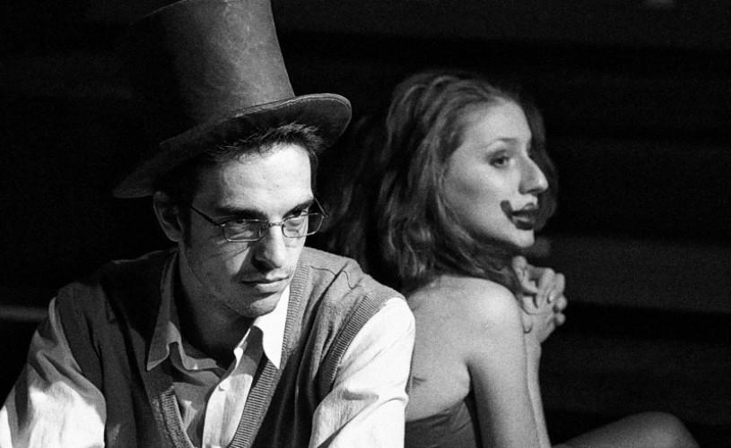 """""""Cui i-e frică de Virginia Woolf?"""" de Edward Albee – la Godot Cafe-Teatru şi SibFest 2013"""