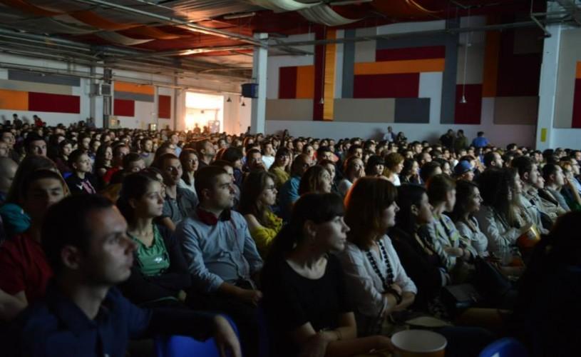 VIDEO Scurtmetrajele ajung printre cărţi: ShortsUP vine la Humanitas Cişmigiu, între 5 şi 7 august