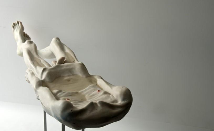 """Sculptorul român Bogdan Raţa este prezentat în proiectul curatorial internaţional """"Personal Structures"""" la Bienala de Artă de la Veneţia"""