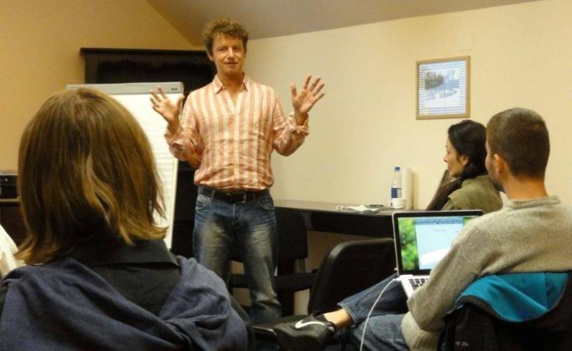 VIDEO A început Aristoteles Workshop 2013