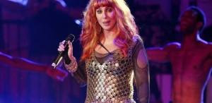 VIDEO Cher revine în topurile muzicale după o pauză de 12 ani