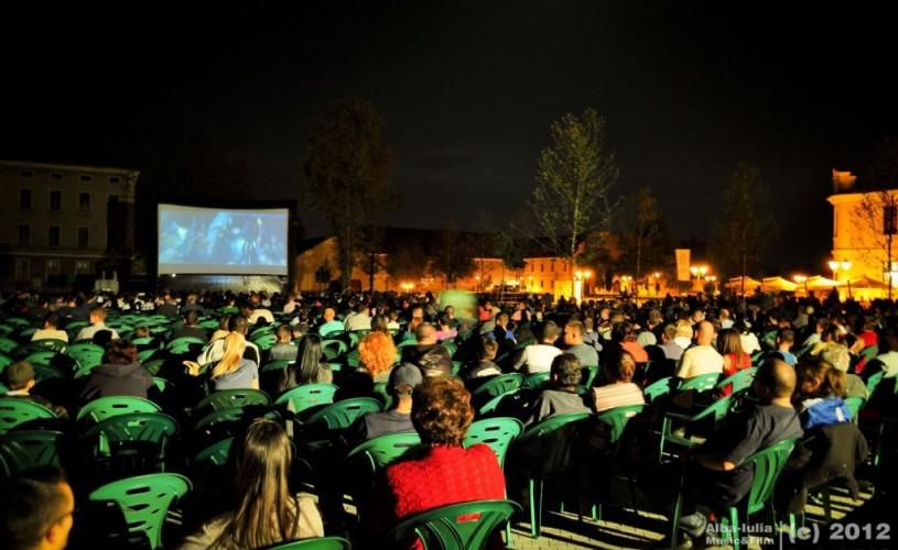 VIDEO Mari actori şi concerte incitante, la Alba Iulia Music & Film Festival