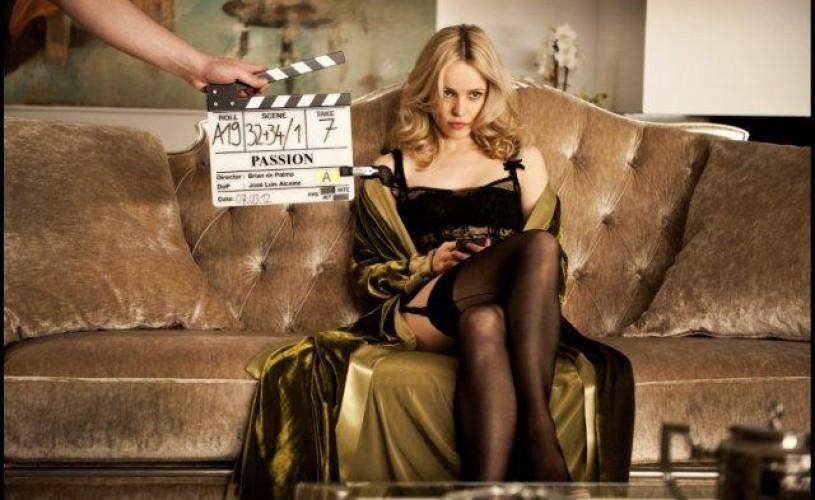 """VIDEO În premieră de la Veneţia: """"Passion"""", controversatul thriller erotic marca Brian De Palma"""