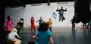 Explore dance festival prezintă atelierul de dans contemporan pentru copii