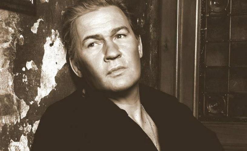 Johnny Logan concertează în noiembrie, la Sala Palatului