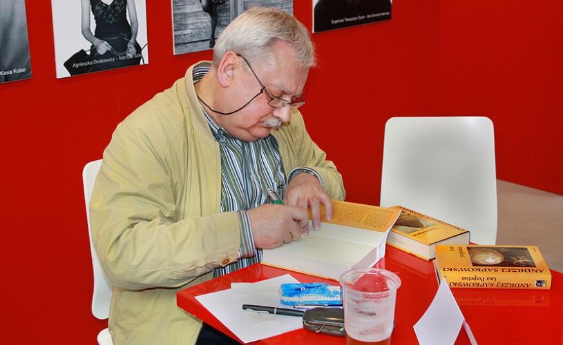 Andrzej Sapkowski şi Mariusz Szczygieł – invitaţi de onoare la Bookfest 2014
