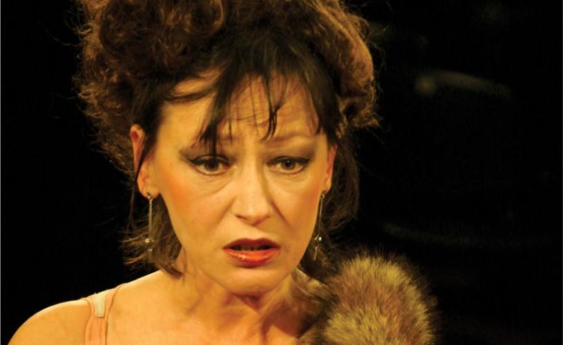 Anca Bejenaru, actriţa Teatrului Nottara, împlineşte 35 de ani!