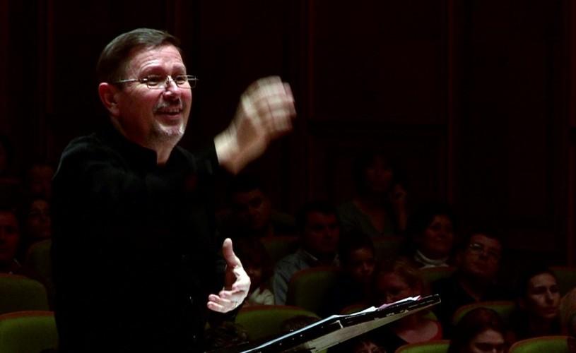 """Voicu Popescu, dirijor: """"Mulţi cântăreţi profesionişti sunt mercenari muzicali"""""""