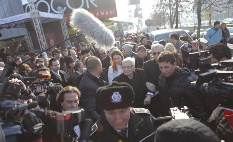 """Radu Beligan, în lacrimi de bucurie de ziua lui: """"În teatru, oamenii pot trăi şi visa împreună"""""""