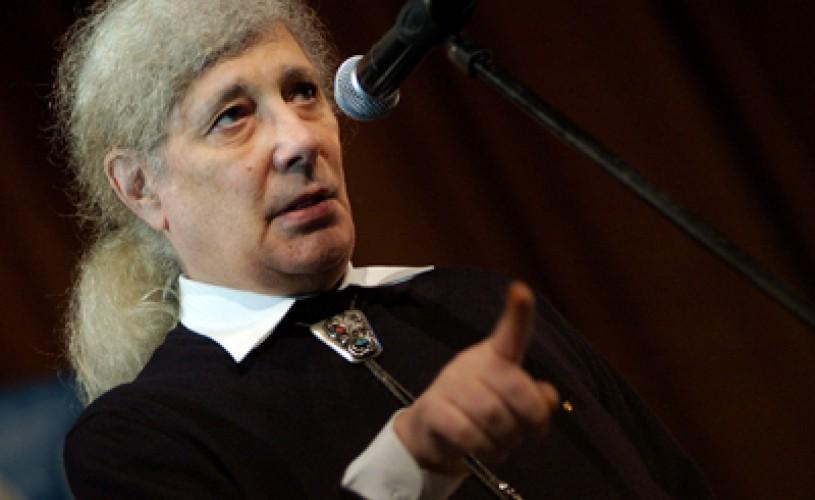 """Florian Pittiș: """"Teatrul oglindeşte viața care a fost, nu cea care este"""""""