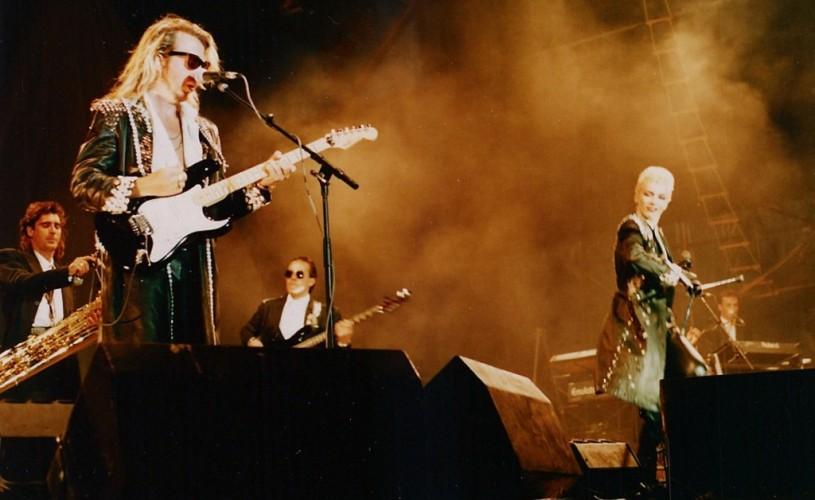 Eurythmics se reuneşte în cinstea Beatles-ilor