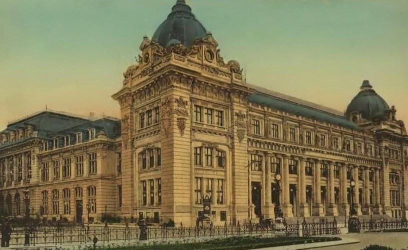 Ipostaze urbane – Old city, expoziţie foto