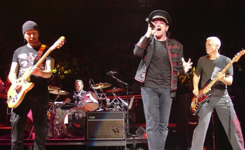 """Bono (U2): """"Suntem pe punctul de a deveni irelevanţi în muzică"""""""