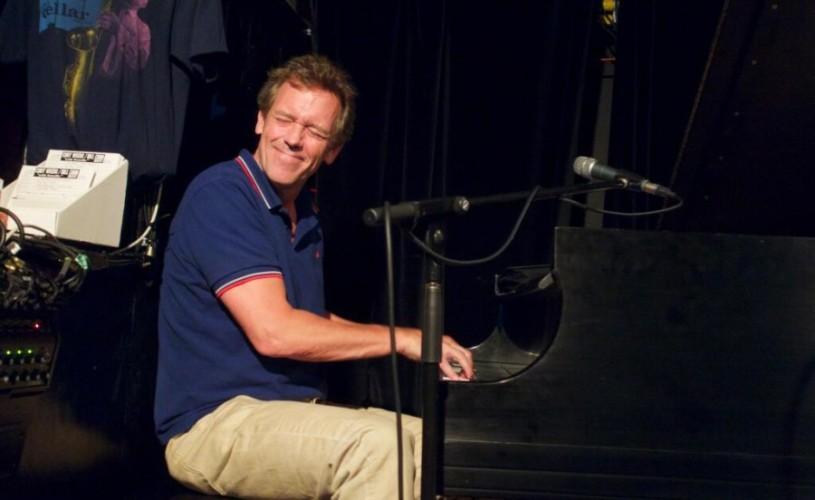 """Hugh Laurie, vedeta din """"Dr. House"""", în concert la Bucureşti, pe 12 iulie"""