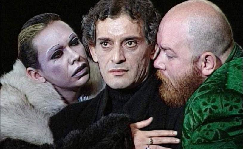 Hamlet, legendarul spectacol cu Adrian Pintea, la TVR 2