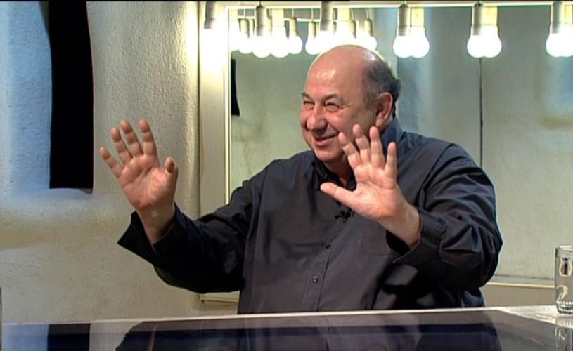 """<strong>Adrian Enescu</strong>: """"Îmi doresc să mă compun pe mine până la ultima picătură"""""""