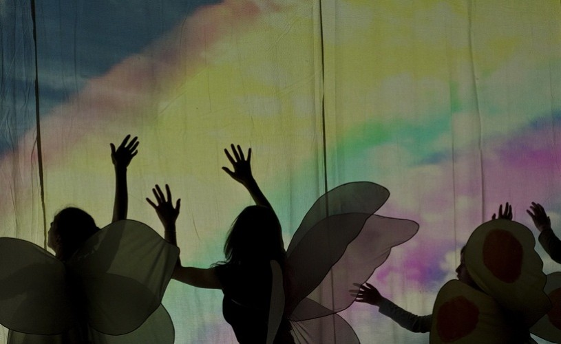 Fluturi si oameni, la Teatrul Odeon