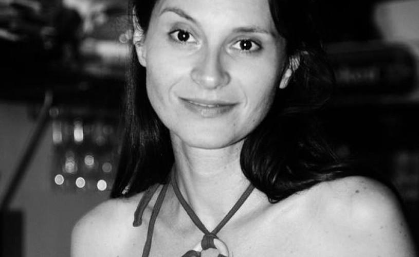 """<strong>Andreea Bibiri</strong>, actriță: """"E plin de actori orfani de regizor"""""""