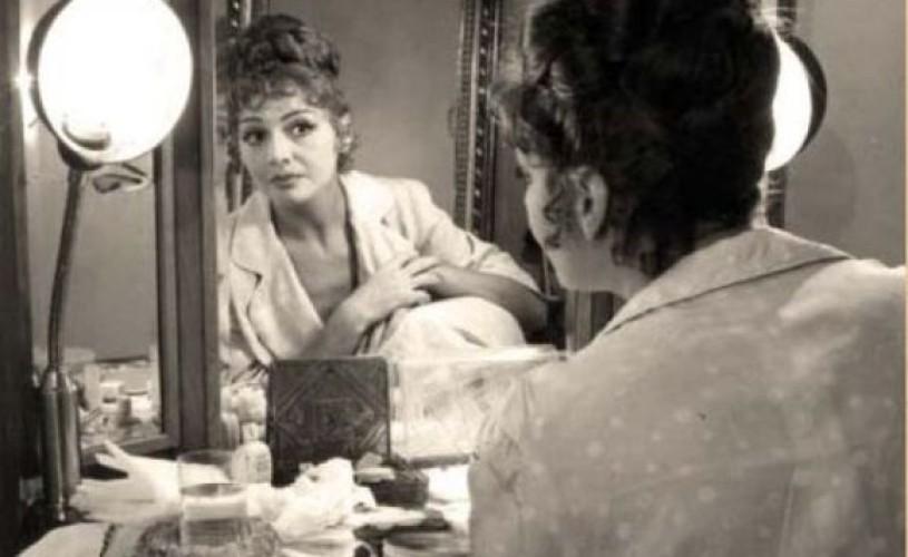 """Carmen Stănescu: """"E greu să stai în vitrină o viață întreagă!"""""""