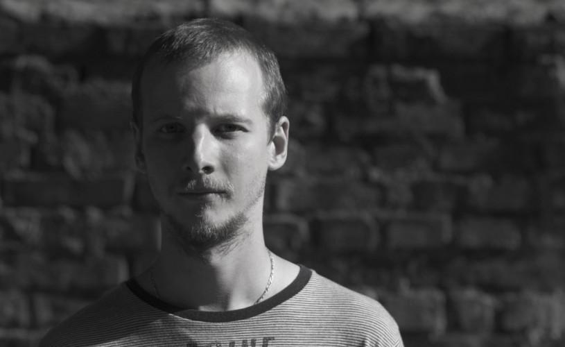 """Alexandru Mâzgăreanu, regizor: """"Teatrul se împarte în două categorii: bun şi prost"""""""