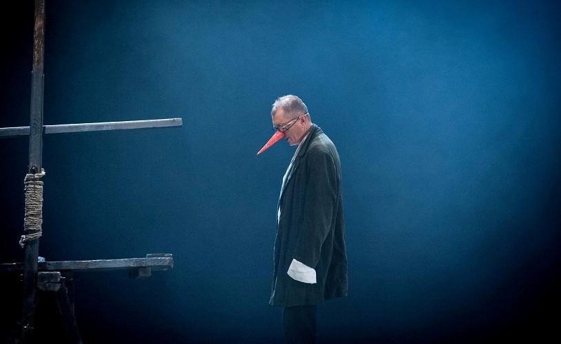 Folia, Shakespeare & Co, Unchiul Vanea şi multe alte spectacole, în octombrie, la TVR 2