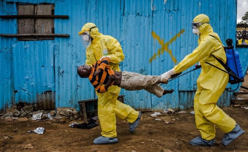Ridley Scott, miniserie despre virusul Ebola