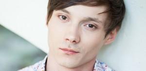 """Vlad Bîrzanu, actor: """"Dacă rolul nu este ofertant, îl faci tu să fie"""""""