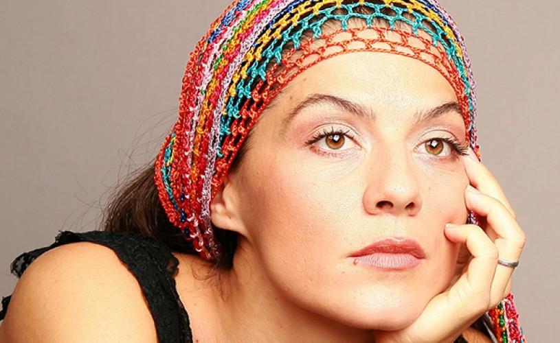 """Florentina Ţilea, actriţă: """"Sunt ruptă de zona teatrului independent, a teatrului de «gașc㻓"""