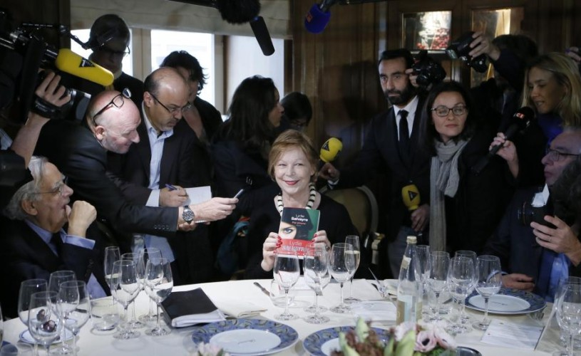 "Goncourt 2014 – Lydie Salvayre, pentru ""Pas pleurer"""