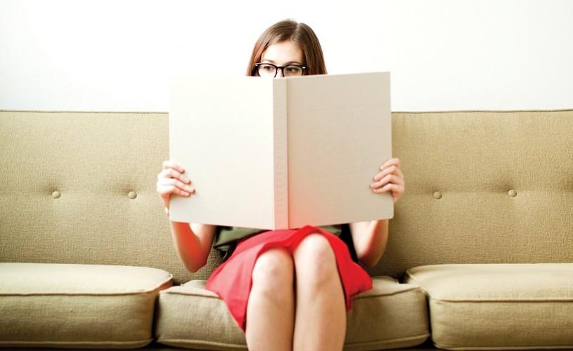 Oamenii preferă să citească opere scrise de persoane de acelaşi sex cu ei – studiu