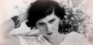 """Coco Chanel: """"Femeia trădează într-un singur sens, acela al simţurilor"""""""