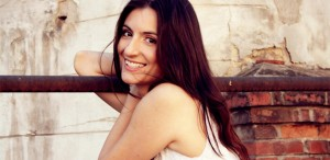 <strong>Antoaneta Cojocaru</strong>, portret în tuşe subţiri