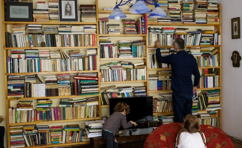"""<strong>Iulian Tănase:</strong> N-ar fi rău să fi scris """"Un veac de singurătate""""…"""